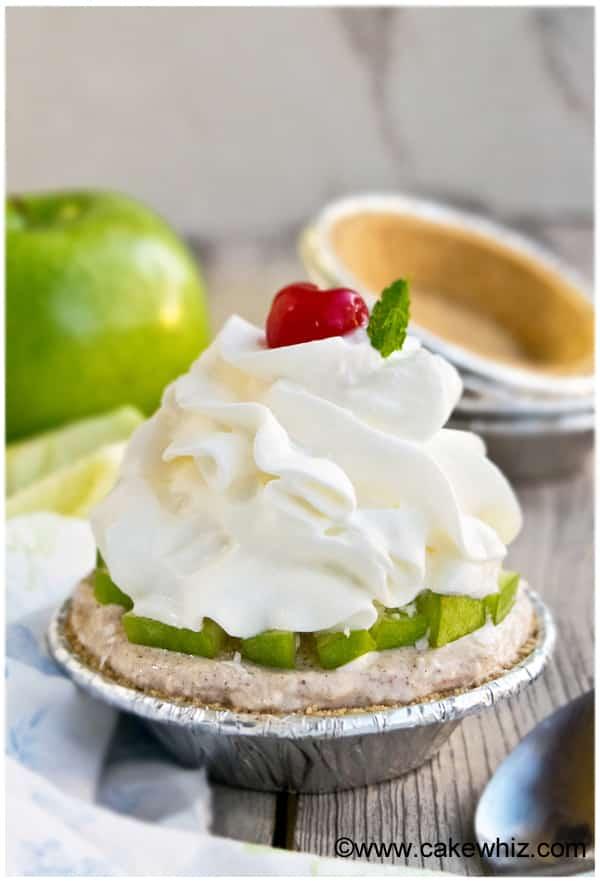 easy caramel apple coconut pie 1