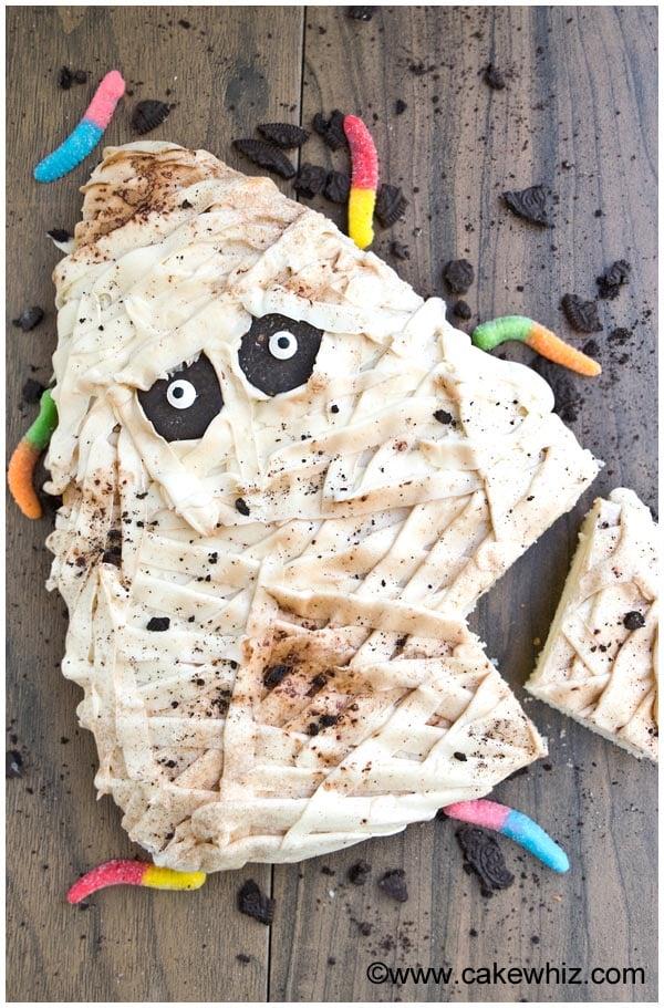 halloween mummy cake tutorial 4