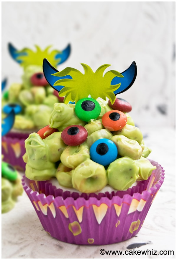monster blob cupcakes 1