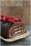 mocha cake roll with raspberries 1