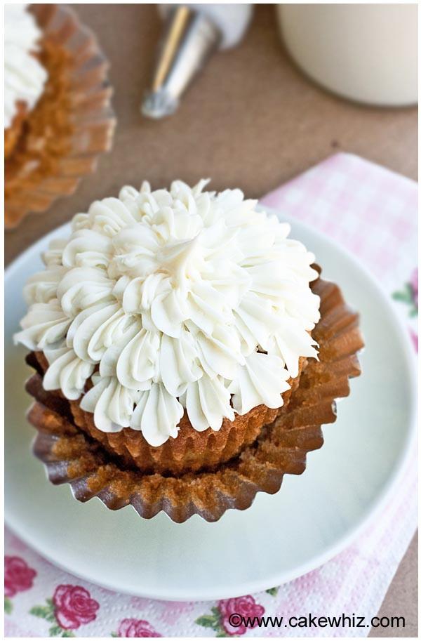 my favorite vanilla cupcakes 5