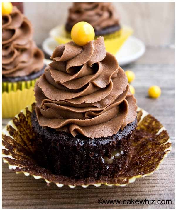 mocha cupcakes with caramel filling
