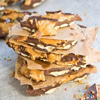 chocolate peanut butter cracker bark 05