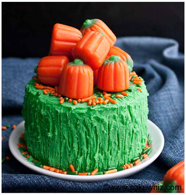 pumpkin candy cake