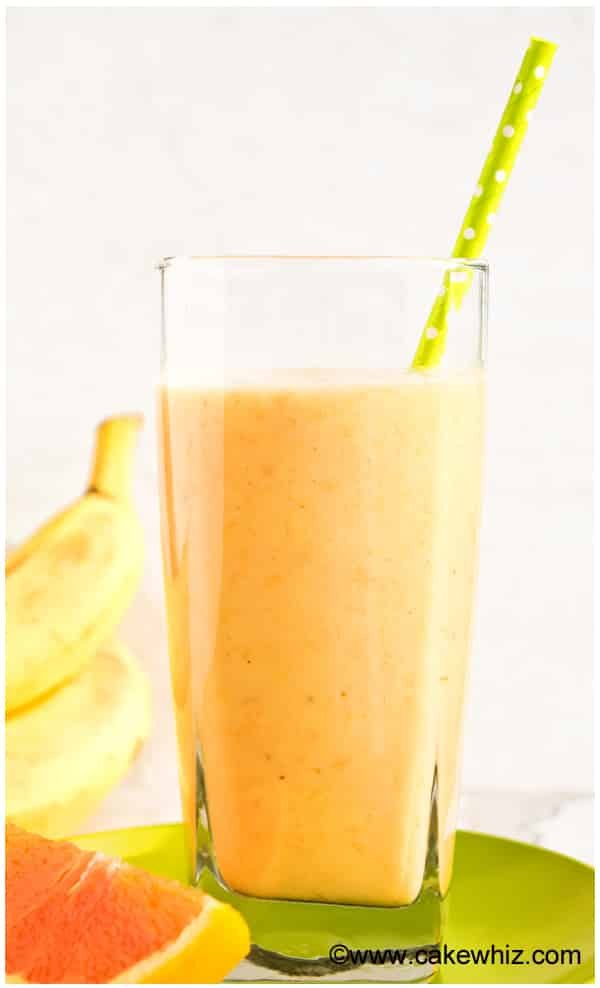 banana orange mango smoothie 1