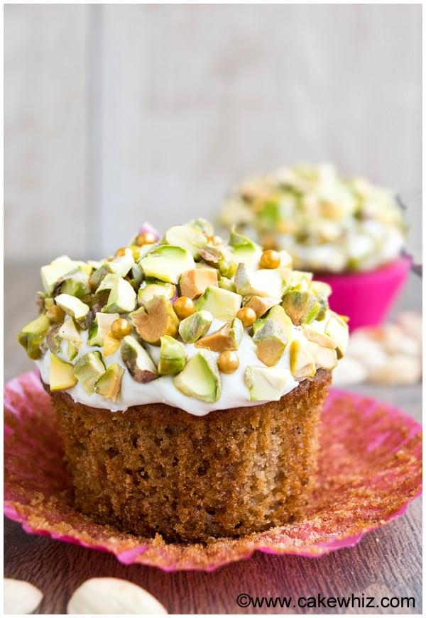 pistachio carrot cupcakes 5