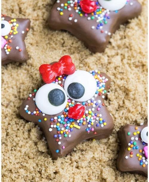 Kids chocolate granola starfish