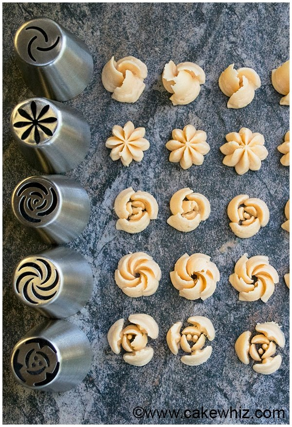 How to make buttercream flowers- Russian piping tips 16