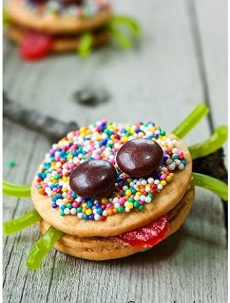 Oreo Spider Cookies Tutorial