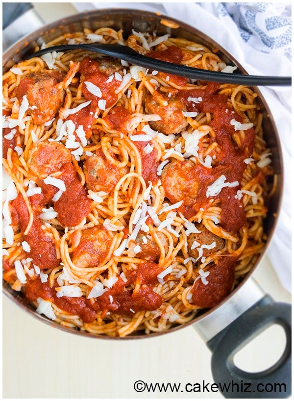 One Pot Spaghetti and Meatballs Recipe 9