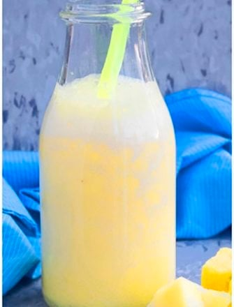 Easy Healthy Pineapple Smoothie Recipe