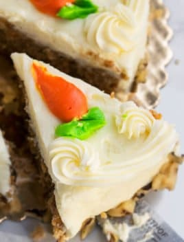 Easy Homemade Carrot Cake Recipe
