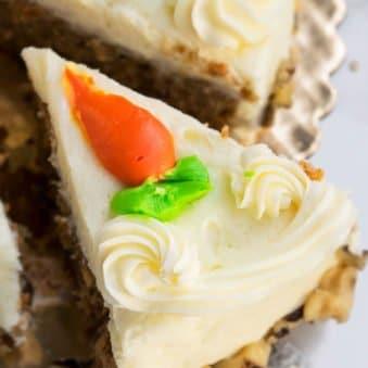 Easy Homemade Carrot Cake Recipe