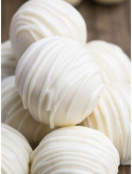 Easy White Chocolate Truffles (Homemade Truffles Recipe)