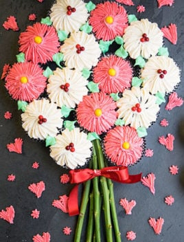 How to Make Flower Cupcake Bouquet (Pull Apart Flower Bouquet Cupcakes Tutorial)