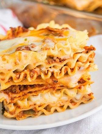 Easy Beef Lasagna Recipe (Meat Lasagna)