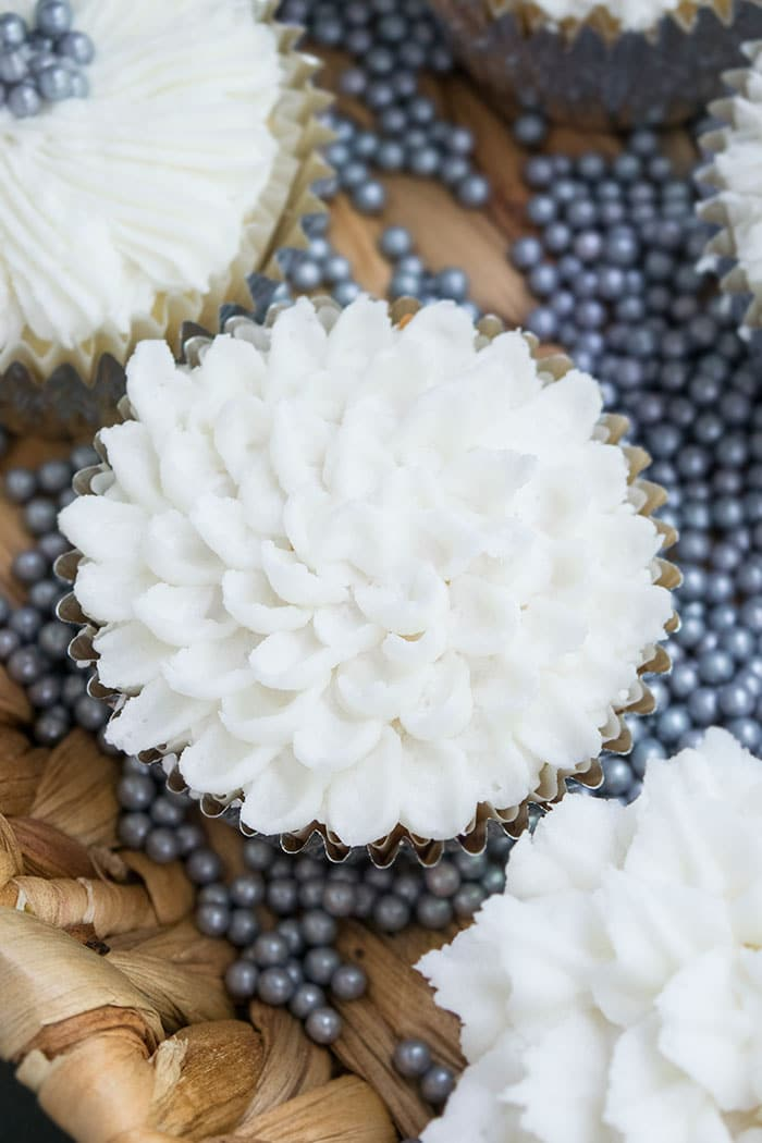 White Buttercream Flower Cupcakes