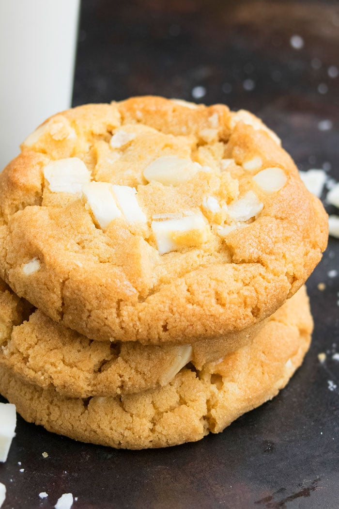 Best White Chocolate Macadamia Nut Cookies Recipe
