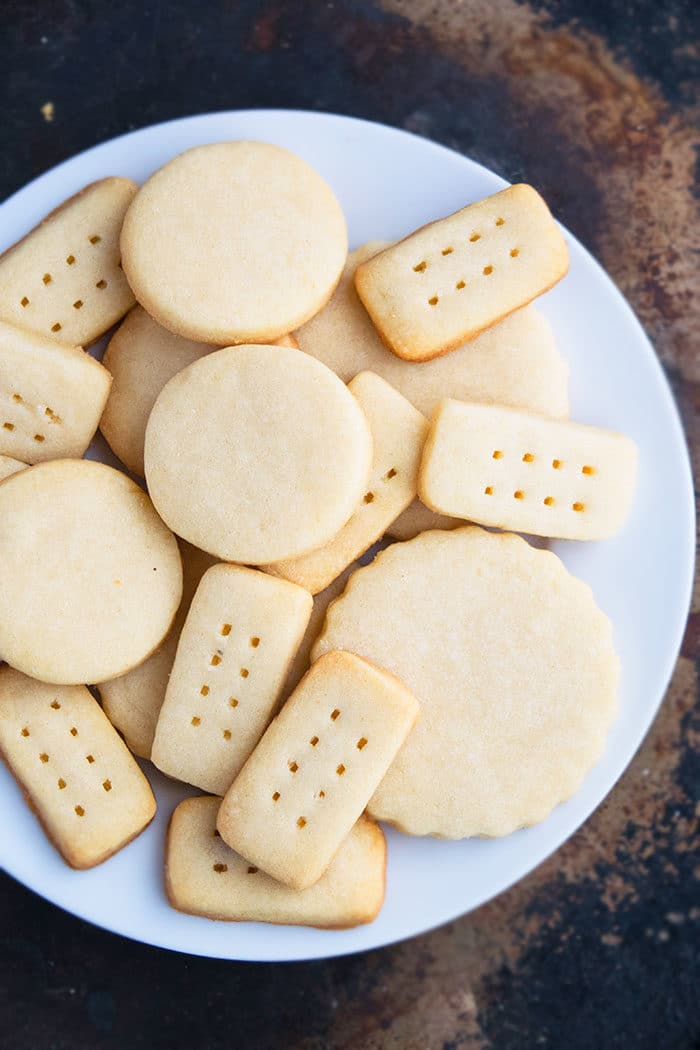 Christmas Whipped Shortbread Cookies