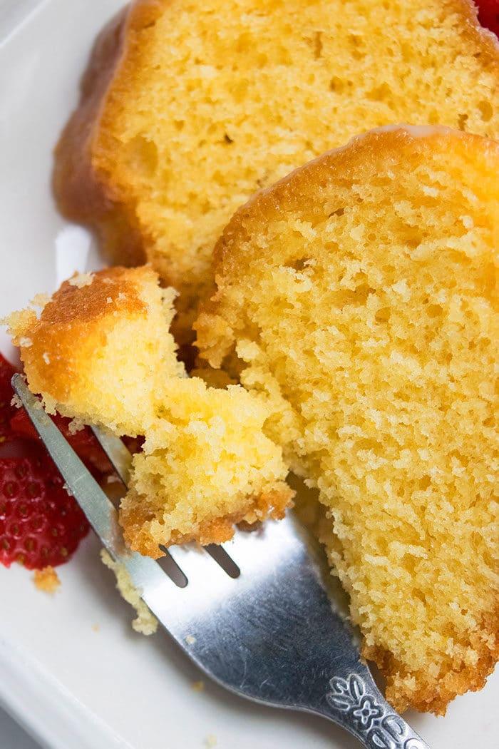 Moist Lemon Bundt Cake Recipe