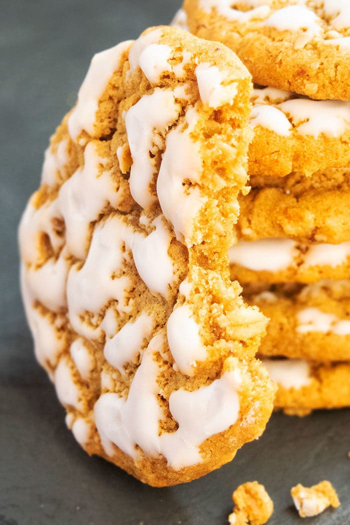 Best Oatmeal Cookies With Vanilla Icing