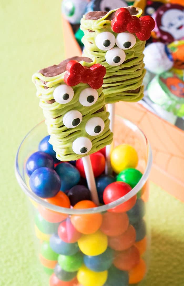 Halloween Snacks- Desserts on a Stick