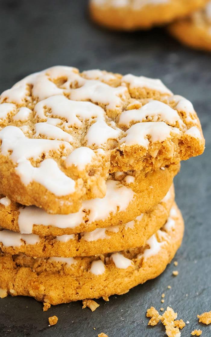Homemade Iced Oatmeal Cookies Recipe