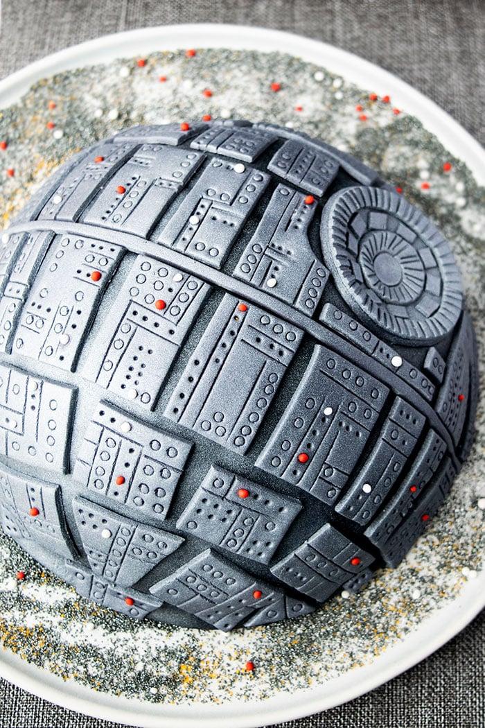 Easy Death Star Cake
