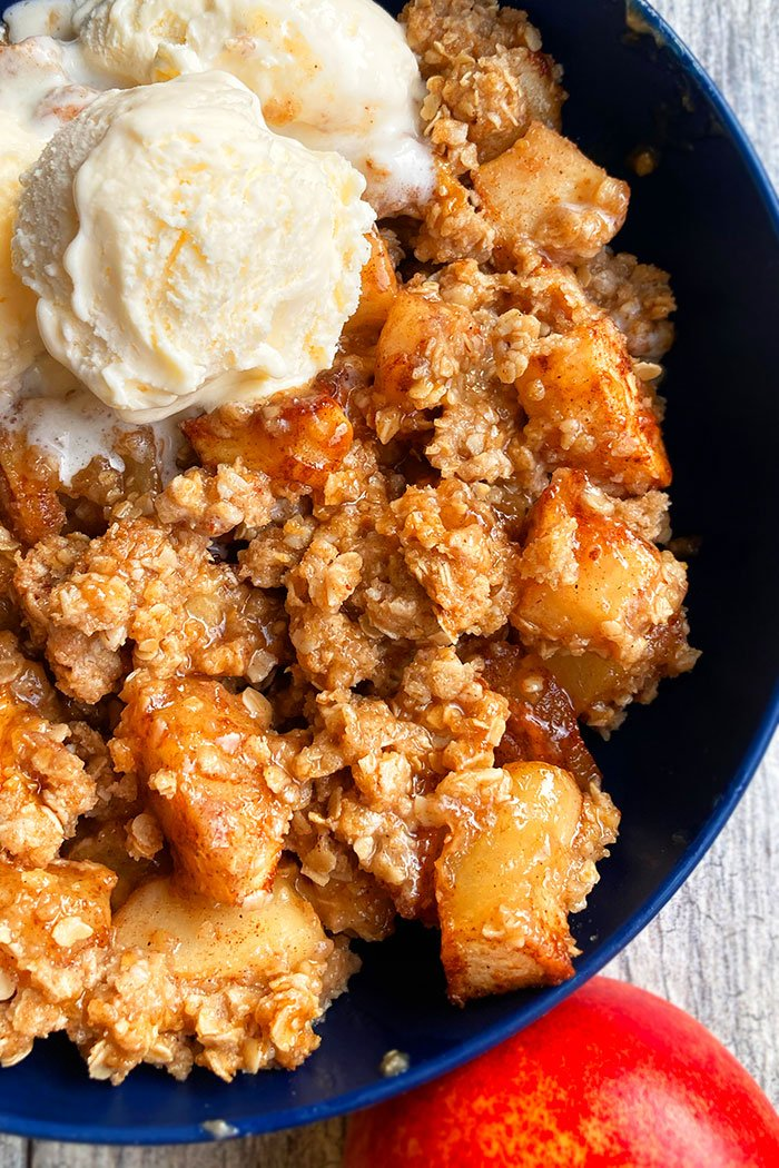 Overhead Shot of Cobbler with Fresh Apples and Crumble Topping